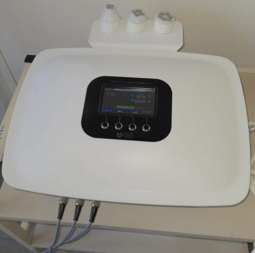 Cos-Medico RF-lifting en microdermabrasie